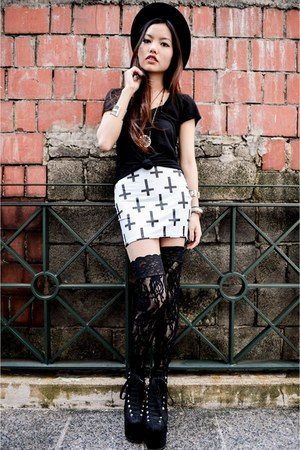 Black Milk Clothing skirt - lace socks Nasty Gal socks
