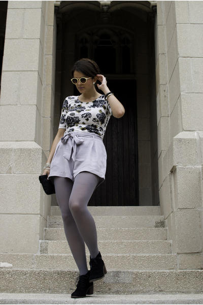 white floral H&M top - black Dolce Vita shoes - heather gray Target tights