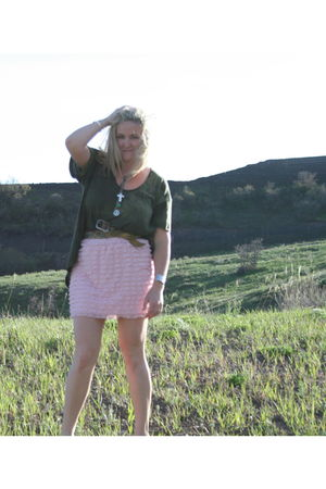green Elizabeth & James t-shirt - pink Target skirt