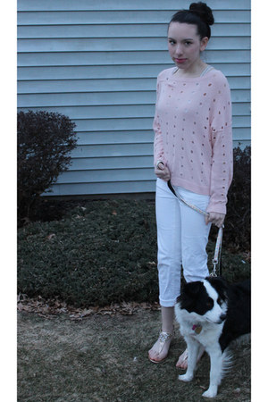 light pink Forever21 sweater - white denim Express jeans