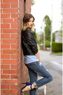 Blue-boyfriend-zara-jeans-black-leather-forever-21-jacket-white-zara-bag