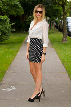 white boyfriend shirt H&M shirt - black polka dots Aritzia skirt