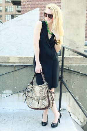 dark brown Chanel sunglasses - black Zara dress - ivory coach bag