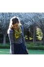 Forever-21-dress-yellow-vintage-scarf-navy-blue-zara-skirt