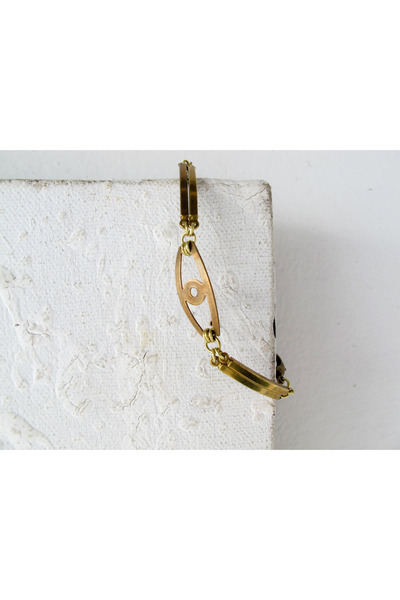 gold A Little Dot bracelet