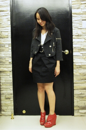 jacket - Uniqlo t-shirt - Giordano Ladies skirt - alice  olivia for Payless boot