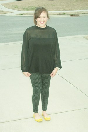 black H&M blouse - leggings - yellow flats