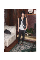 vest - tights - t-shirt