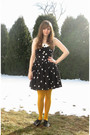 Black-robbie-bee-dress-black-take-out-sweater-yellow-gap-tights-black-ange