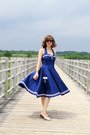 Blue-sailor-hell-bunny-dress-black-lucky-brand-sunglasses