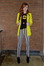 White-ebay-leggings-yellow-new-yorker-blazer-black-batman-shirt