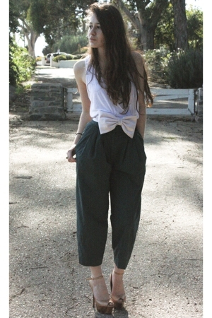 American Apparel t-shirt - H&amp;M pants - Erin Fetherston for Target belt - Jessica