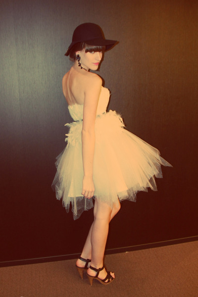 black H&M hat - white tulle unknown dress - black H&M heels - black vintage belt