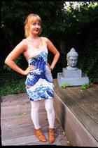 peach big wave romwe dress - burnt orange Sasha shoes - off white H&M tights