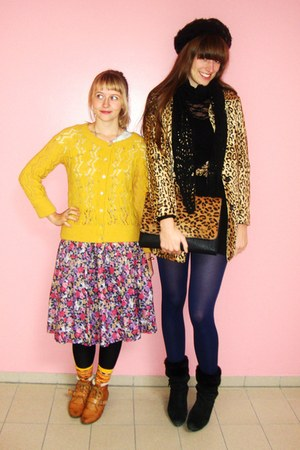 mustard leopard print H&amp;M coat - tawny unknown brand shoes