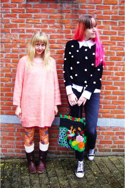black dots Taobao sweater - salmon vintage sweater