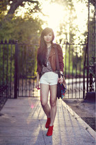 red suede Dolce Vita boots - ivory lace Audrey 31 shorts