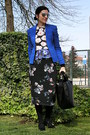 Blue-mango-blazer-black-zara-bag-massimo-dutti-sunglasses