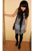 gray cotton on dress - black leggings - gray nose shoes - brown vintage Coach ac