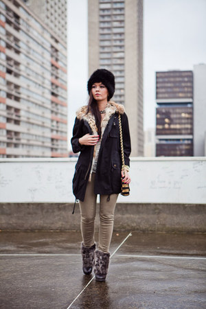 Zara boots - kaki Zara jeans - Printemps hat - Bel Air blazer