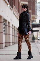 black Zara boots - black Juicy Couture bag - tawny Zara pants