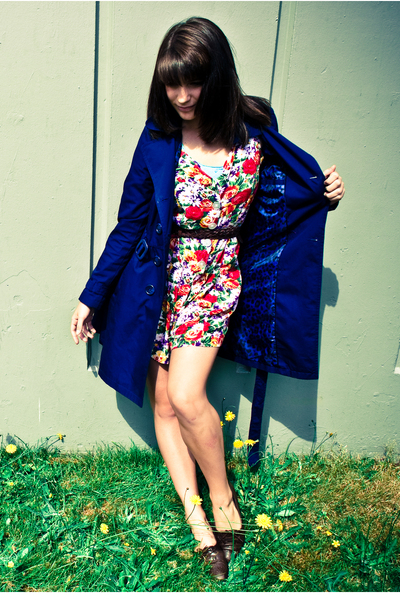 red unknown brand dress - brown unknown brand shoes - blue H&M jacket
