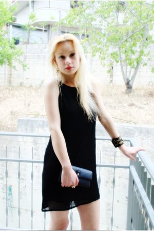black chiffon Stilonoir dress - handmade Anna Duina bracelet