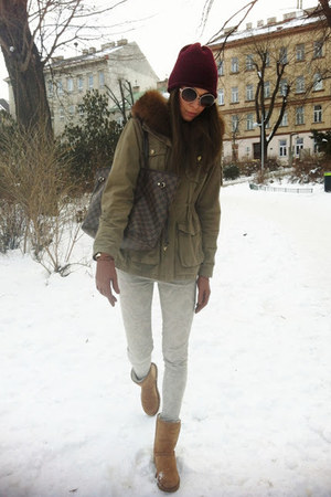 crimson Zara hat - army green H&M customizedn jacket - beige Zara pants