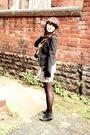 Black-topshop-blazer-black-h-m-tights-gray-topshop-skirt-black-vintage-wai
