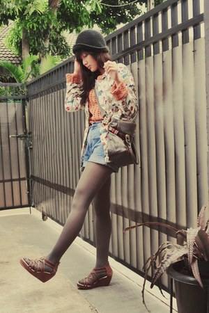 floral vintage blazer - light orange knit Esprit sweater - leather Chloe bag