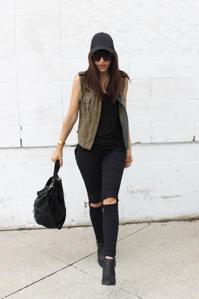 Express boots - H&M pants - linen Costa Blanca vest