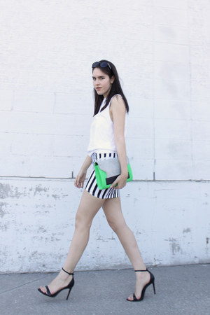 colourblock H&amp;M bag - striped H&amp;M skirt - leather Zara sandals