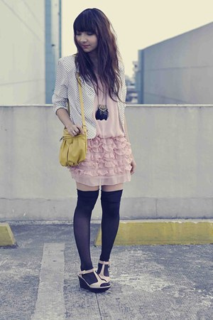 pink simply felice dress - polka dot blazer - mustard Ferretti bag - light pink