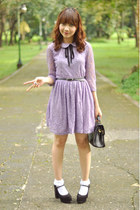 black vintage bag - light purple dress - black heels - gold accessories