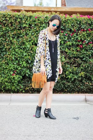 black booties Report shoes - black UO dress - tawny fringe purse