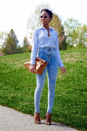 light blue H&M shirt