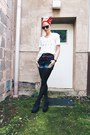 Navy-deb-shorts-white-kameleonz-sunglasses