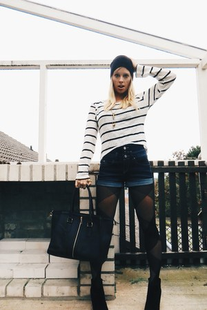 white striped hi-low deb sweater - black criss cross Panther Legwear tights