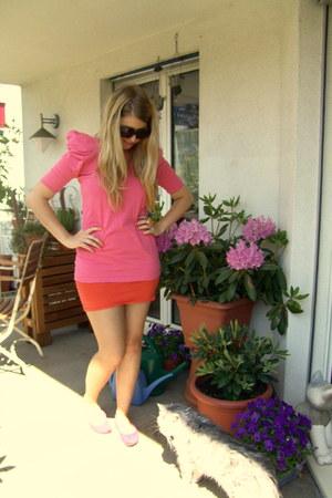 bubble gum shoulderpads Primark shirt - hot pink NY flats - carrot orange H&M sk
