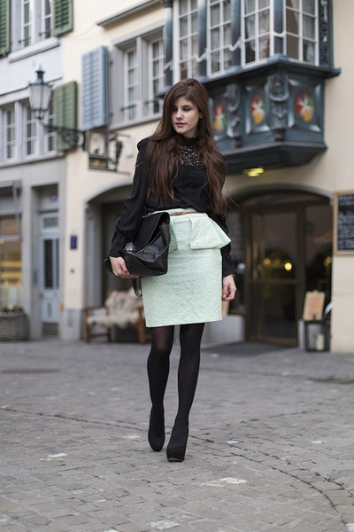aquamarine Zara skirt - black trapeze Celina bag - black lace Zara blouse
