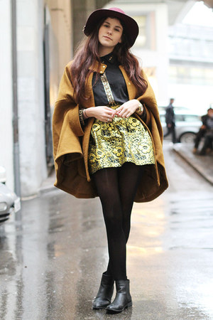baroque skirt - boots - H&M hat - greek print shirt - Zalando collection cape