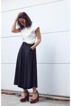 off white Front Row Shop top - black Front Row Shop pants - crimson Zara wedges
