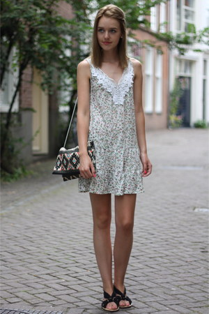 cream thrift dress - black Primark bag
