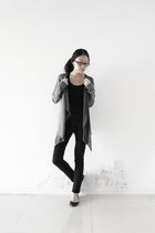 gray Zara cardigan - black Uniqlo shirt - black Delias jeans - black Aldo shoes