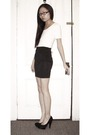 White-uniqlo-shirt-black-h-m-skirt-black-steve-madden-shoes
