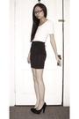 White-uniqlo-shirt-black-h-m-skirt-black-steve-madden-shoes