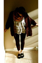 light orange cocoa and loly scarf - black Gap cardigan