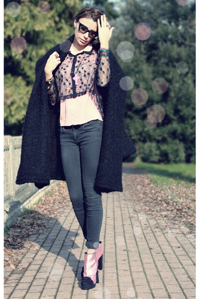 pink asos boots - black Fendi coat - light pink vintage shirt - black asos shirt