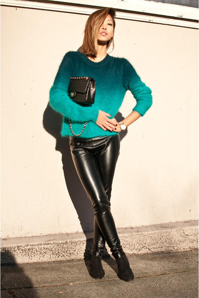 black vintage boots - turquoise blue H&M sweater - black Urban Outfitters pants