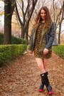 Hunter-boots-rodarte-for-target-dress-zara-jacket-vintage-bag